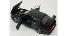 1/18 AUTOART 1990 BMW M3 E30 SPORT EVOLUTION BLACK