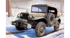 1/35 DODGE STAFF CAR WC56